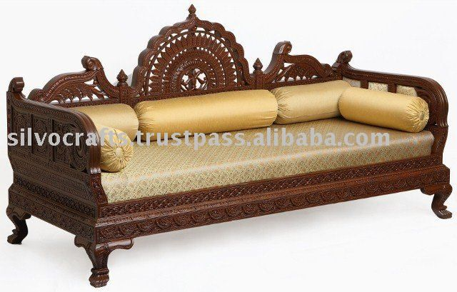 Royal Hand Carved Wooden Sofa Set for Hotel Industry Lobby Area