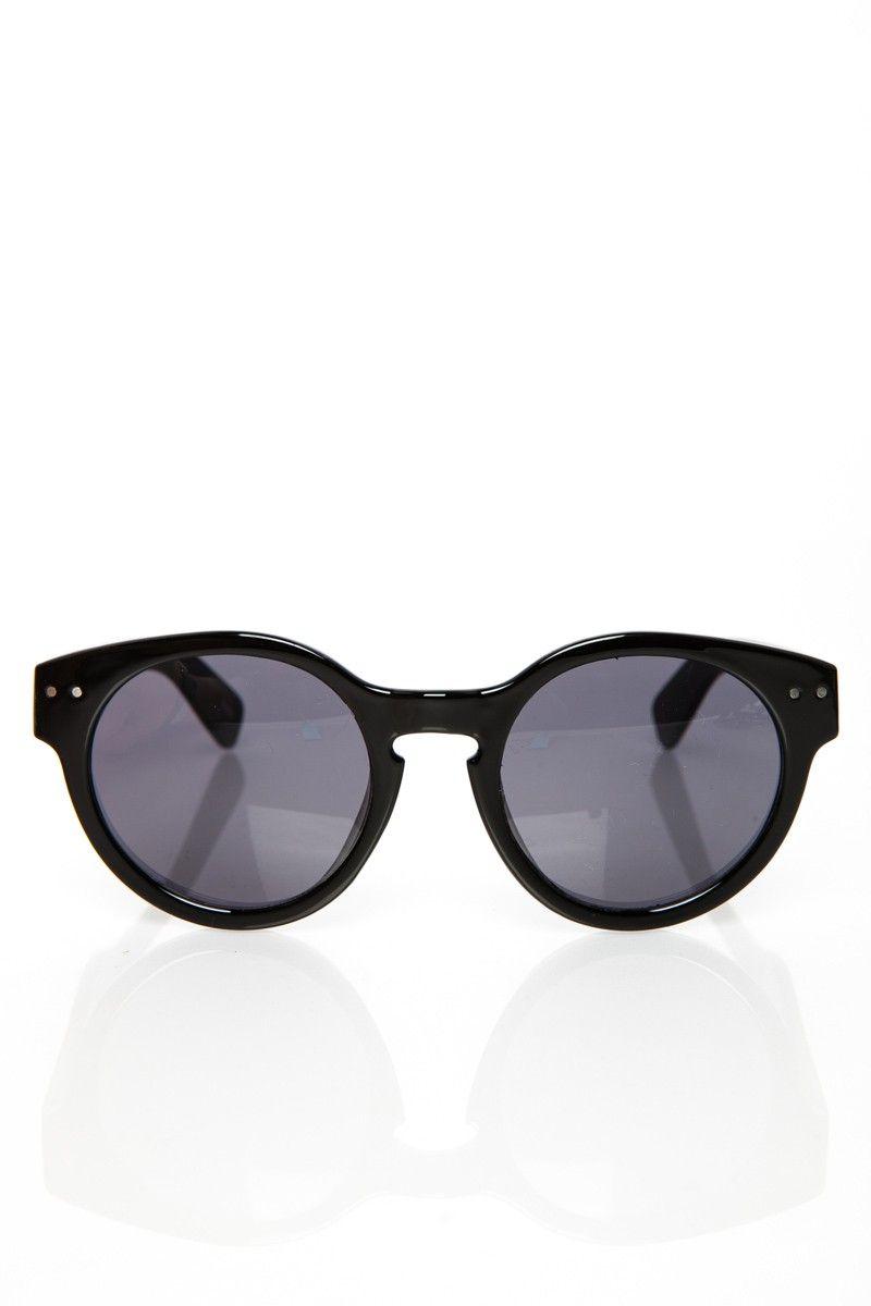Leon Sunglasses in Black / ShopSosie #sunglasses #accessories #black #retro #shopsosie