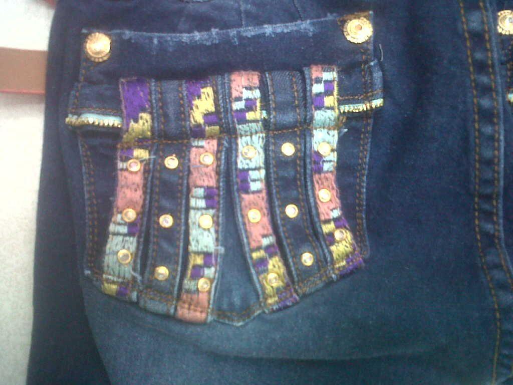 mira esta #moda de #bolsillos bordados de #pantalones para #mujer