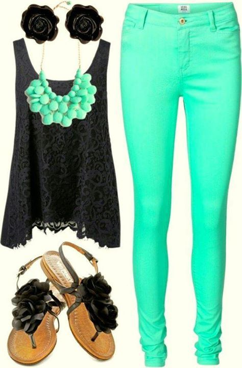 mais detalhes desse look no site >> http://bit.ly/20foIxT   veja também: Motivos para Vestir-se Bem: Destinos de Carnaval e Peças que combinam com todos eles>> http://bit.ly/1QnDpbX