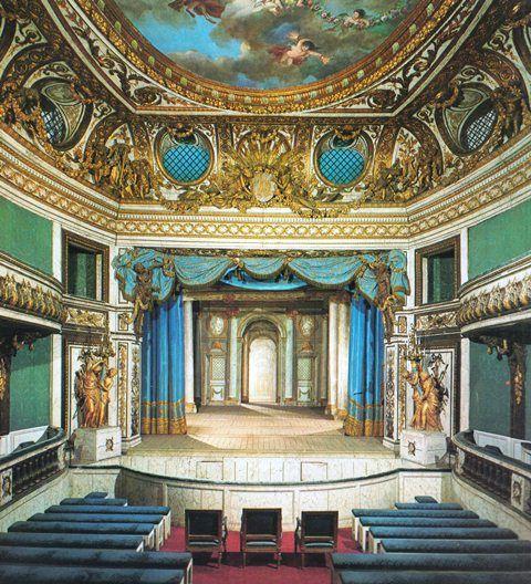 Le petit théâtre de Marie-Antoinette à Trianon   Trianon, Trianon ...
