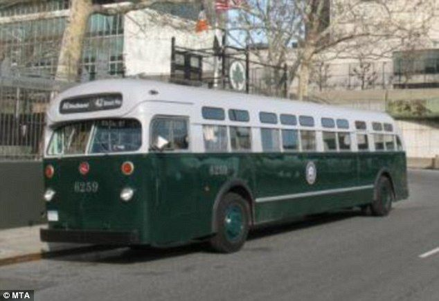 New York Subway Commuters Will Be Transported Back To The 1930 S City Transit Bus Ride New York Subway