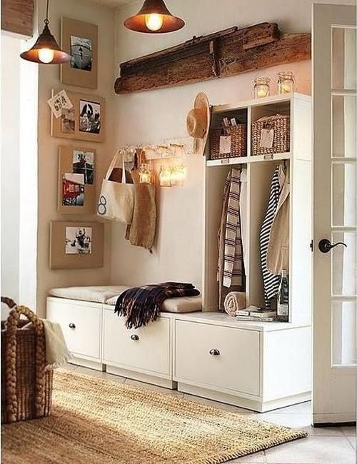 Delicieux Modern Entryway Ideas Help Organize Storage And Create Attractive Small  Spaces