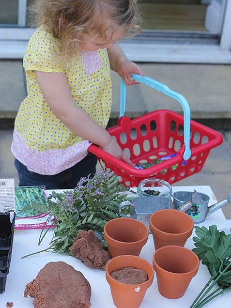 Do you have a little gardener on your hands. Create a play garden center using play dough for dirt, black beans for seeds, and artificial plants. http://www.ivillage.com/kids-spring-activities/6-b-435808#531888