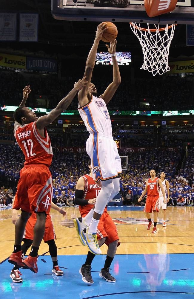 Kevin Durant 35 of the Oklahoma City Thunder slam dunks