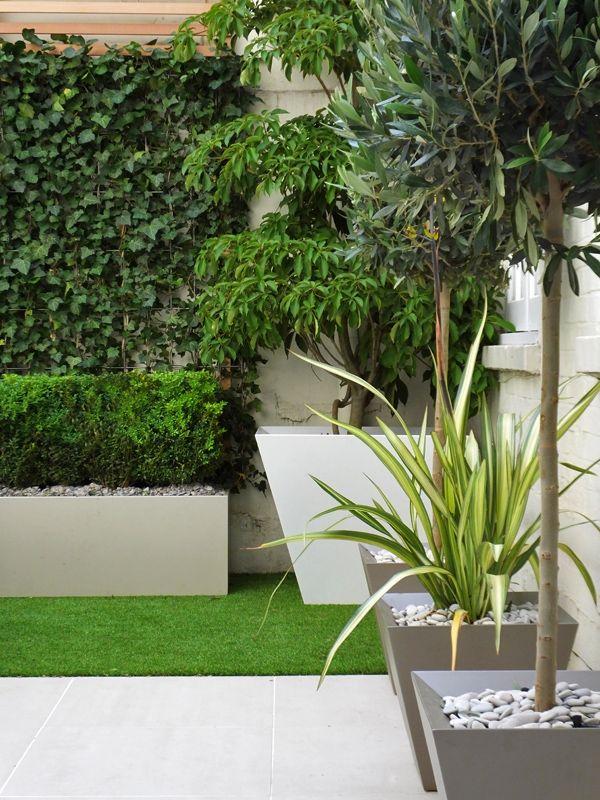 Small Courtyard With Artificial Turf Artificial Garden