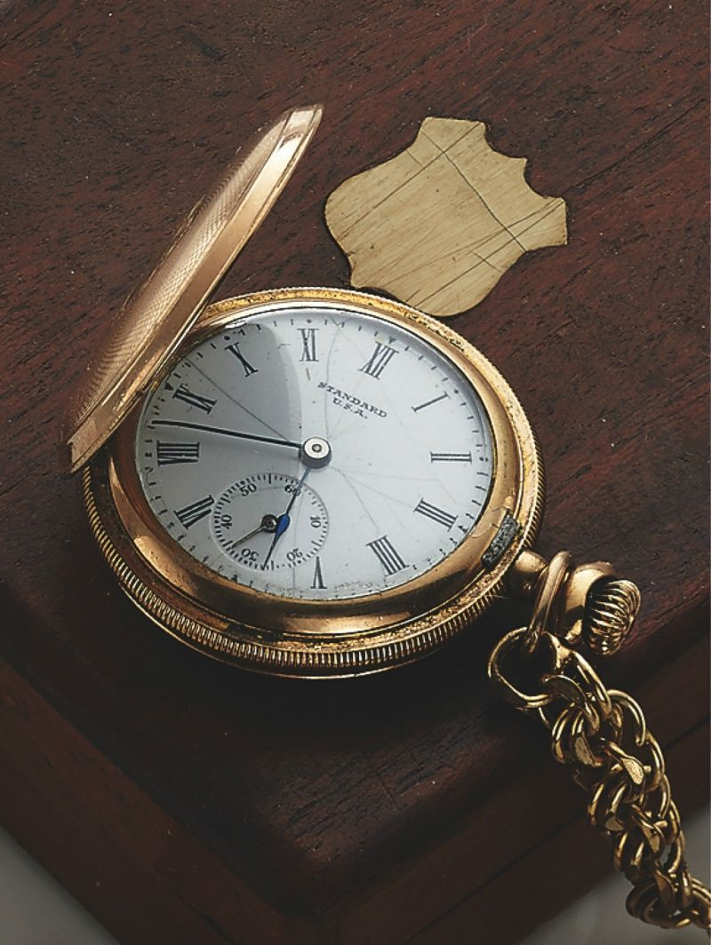 "The famous auction house Antiquorum will be offering James Dean's pocket watch at its upcoming auction of ""Important Modern & Vintage Timepieces"" in Hong Kong, on June 22nd."