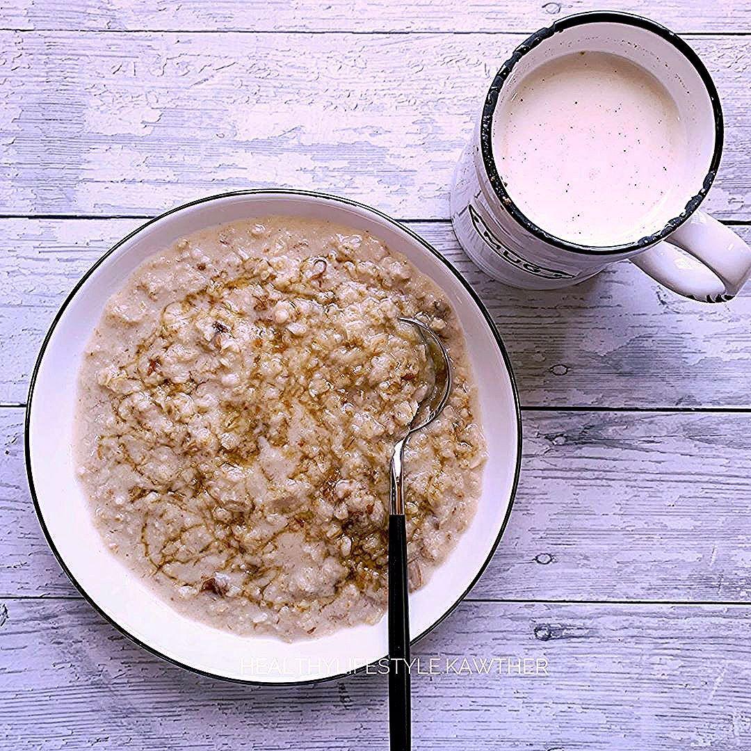 مساء الخير فطوري بعد صيام عكسي لمدة ١٤ ساعة وبعد كوب قهوة و رياضة حديد شوفان بالتمر و العسل كوب حليب بالقرفة Sugar Scrub Healthy Breakfast Sugar