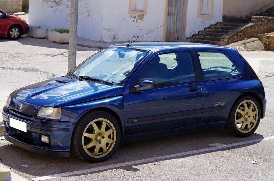 renault clio williams renault pinterest cars dream cars and top car. Black Bedroom Furniture Sets. Home Design Ideas
