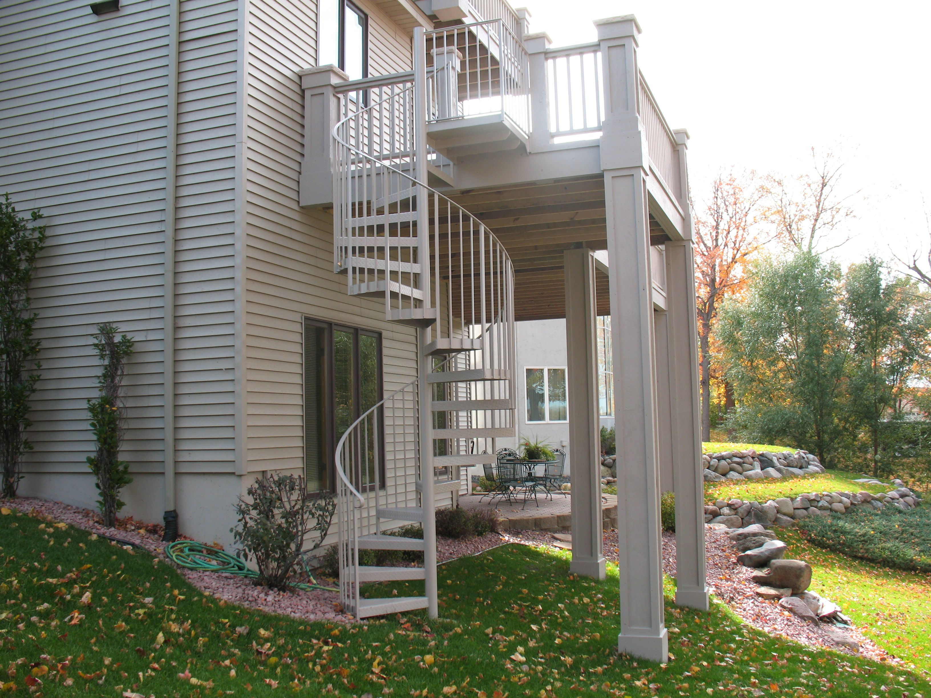 Best Outdoor Spiral Deck Stairs Outdoors For A Straight 640 x 480