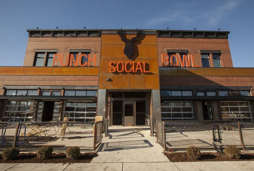 Punch Bowl Social Gives Chicagoland Another Massive Restaurant Bars And Gaming Complex Restaurant Game Restaurant Punch Bowls