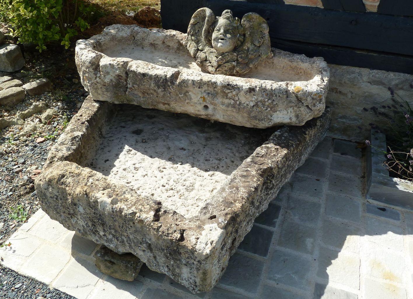 double fontaine ancienne en pierre naturelle fontaine bassin fountain basin pinterest. Black Bedroom Furniture Sets. Home Design Ideas