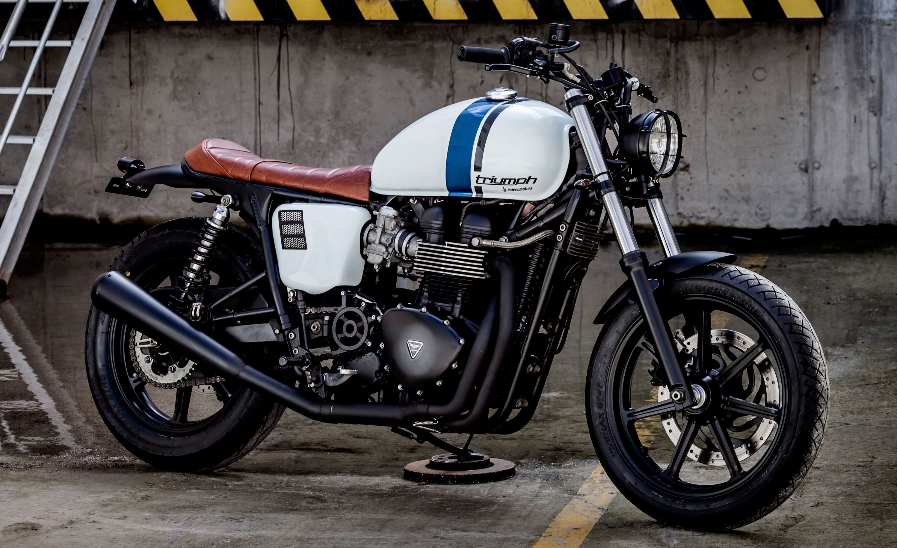 Triumph Bonneville #14 by Macco Motors