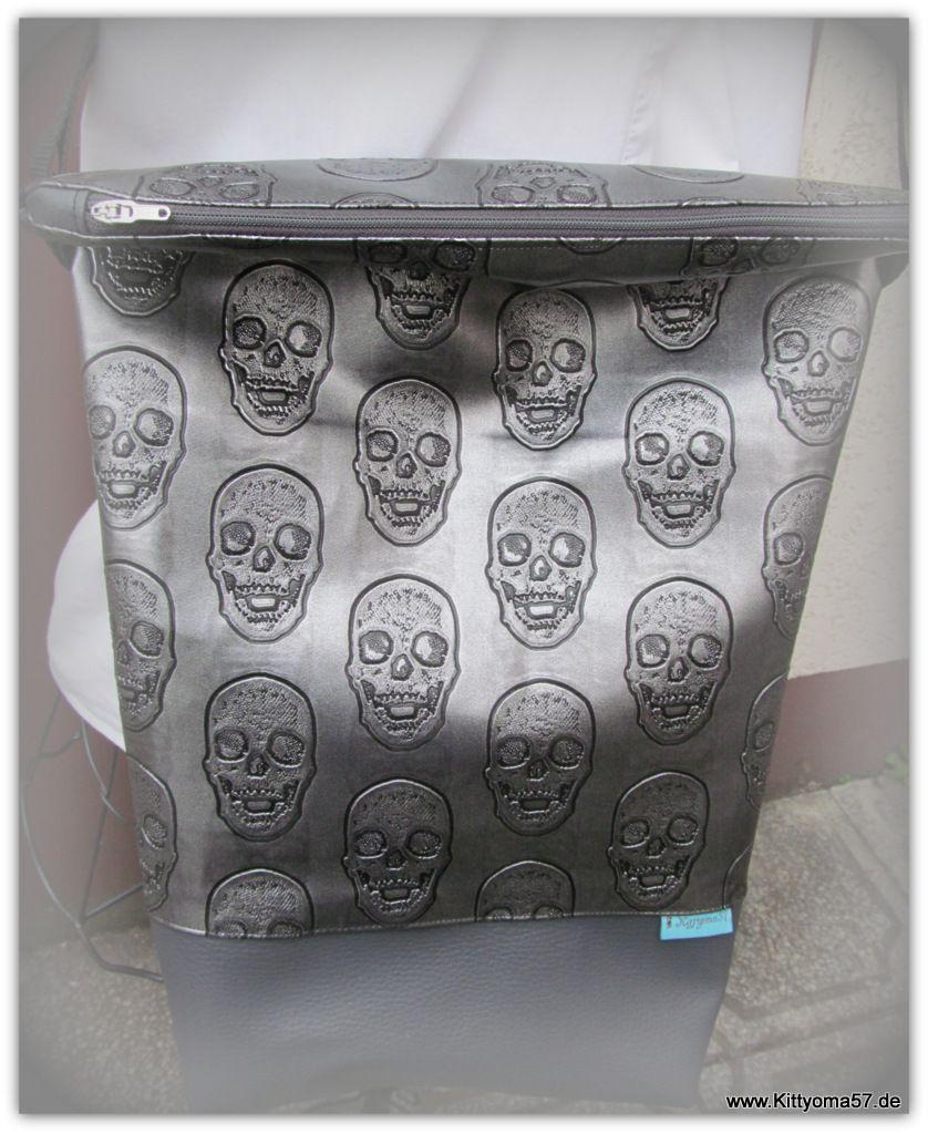 große Tasche. Kunstleder www.Kittyoma57.de