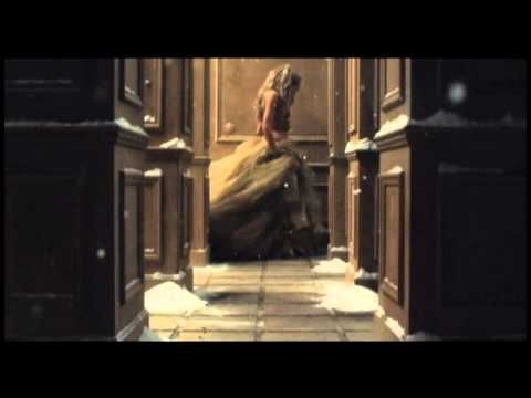 Shakira - Je l aime a mourir - chanson de Francis cabrel - moitie espagnol et moitie francais - sublime!