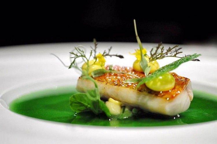 Michelin Restaurants In Deutschland Entdecken Sie Die Liste Der Gehobenen Gourmet Lokale Lebensmittel Essen Leckeres Essen Essen