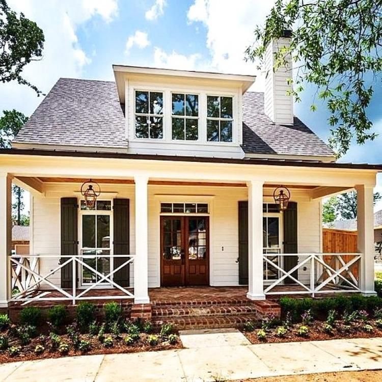 Nice Small Modern Farmhouse With Front Porch Design Ideas Modern Farmhouse Exterior Modern Small House Design Porch Design