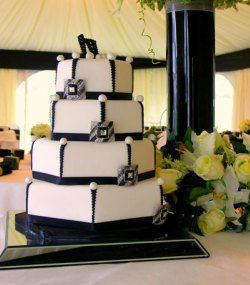 Art deco wedding cake - not sure about the cake topper and the ...