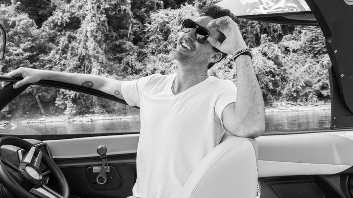 """Jake Owen photo shoot for """"Boat Life"""" feature in Rolling Stone Magazine. Photo: Joseph Llanes. #jakeowen #reallife #boatlife #lxpolarizedoptics #dakota"""