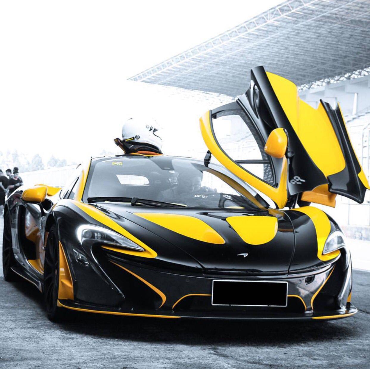 McLaren P1 Painted In Black W/ MSO Volcano Yellow Accents