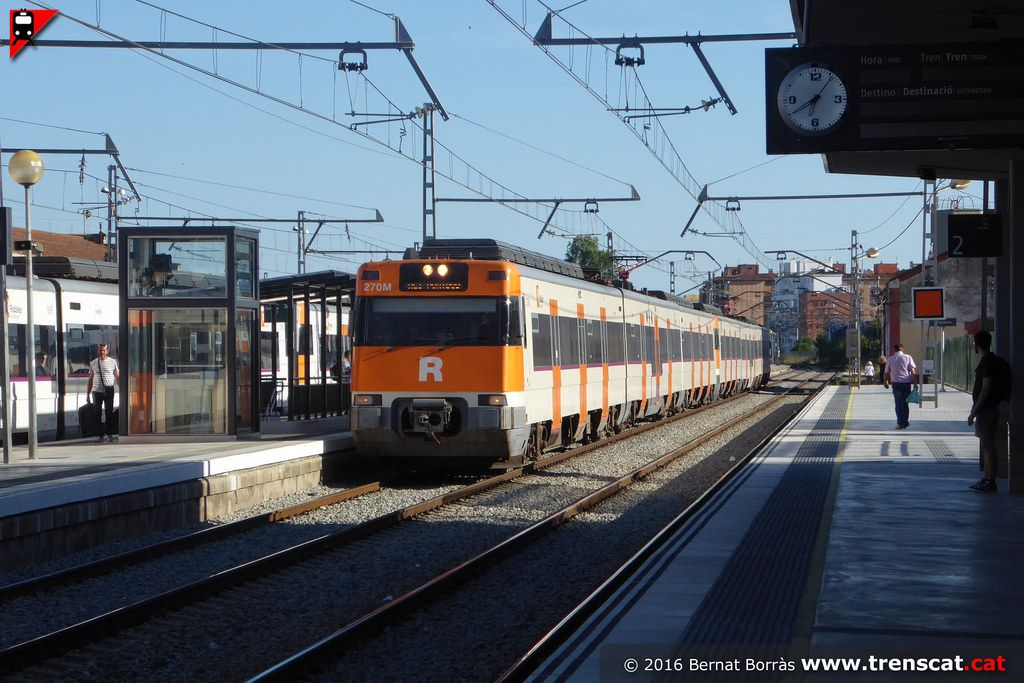 Rg1 L Hospitalet Portbou A Figueres Electric Train Train Around The Worlds