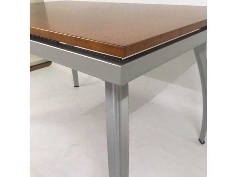 Tavolo 70 X 70 Allungabile Ikea.Tavolo Oscar 132 Legno Noce Bonaldo In Legno Allungabile Home Decor
