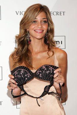 Ana Beatriz Barros at the launch of the Victoria's Secret Intimissmi boutique, October 2006