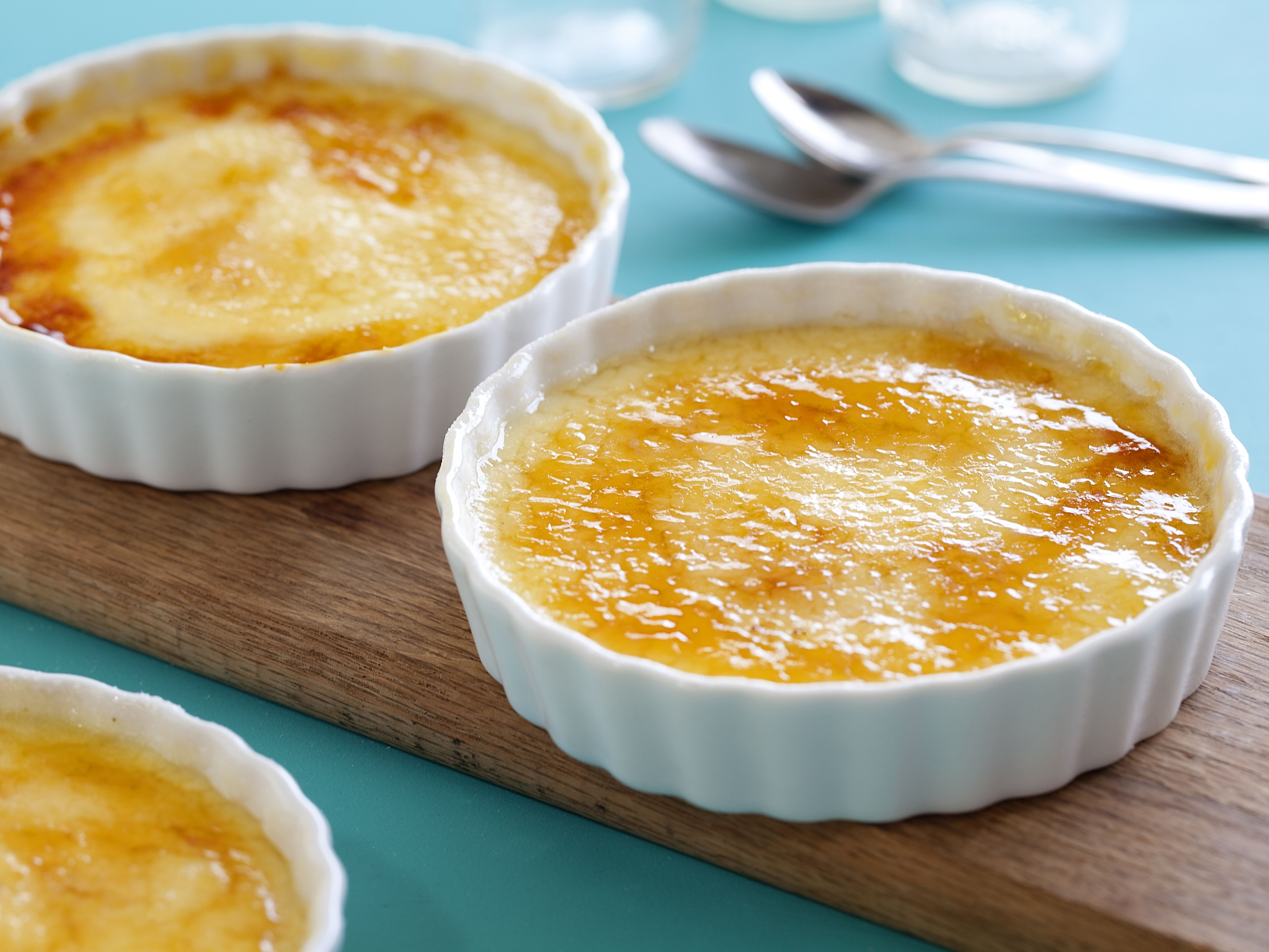 Crema catalana from cookingchanneltv desserts pinterest this week we have another fun traditional spanish recipe for you to make at home as you continue to indulge on all things delicious forumfinder Gallery