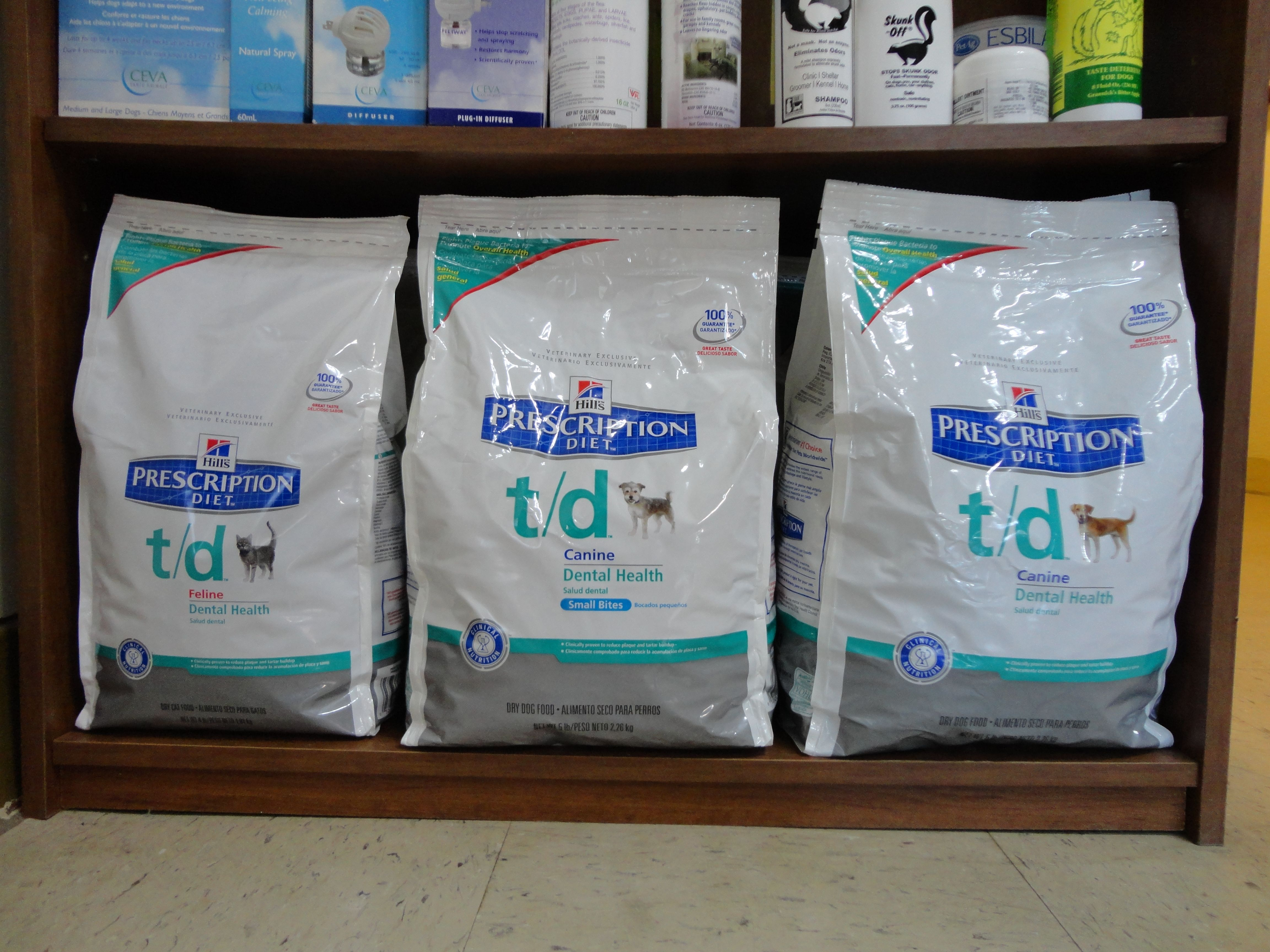 Hill S Science Diet T D Is A Great And Affordable Way To Help Keep Your Pet S Teeth Clean And Breath Smell Teeth Cleaning Dog Teeth Cleaning Hills Science Diet