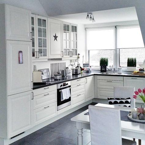ikea kueche schwarz weiss ideen k chen kitchen ikea kitchen und kitchen design. Black Bedroom Furniture Sets. Home Design Ideas