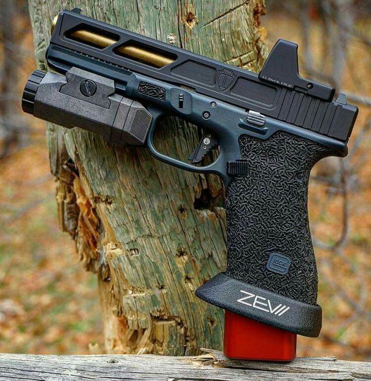Pin by Jake Brehmer on Gun up | Glock guns, Guns, Custom glock