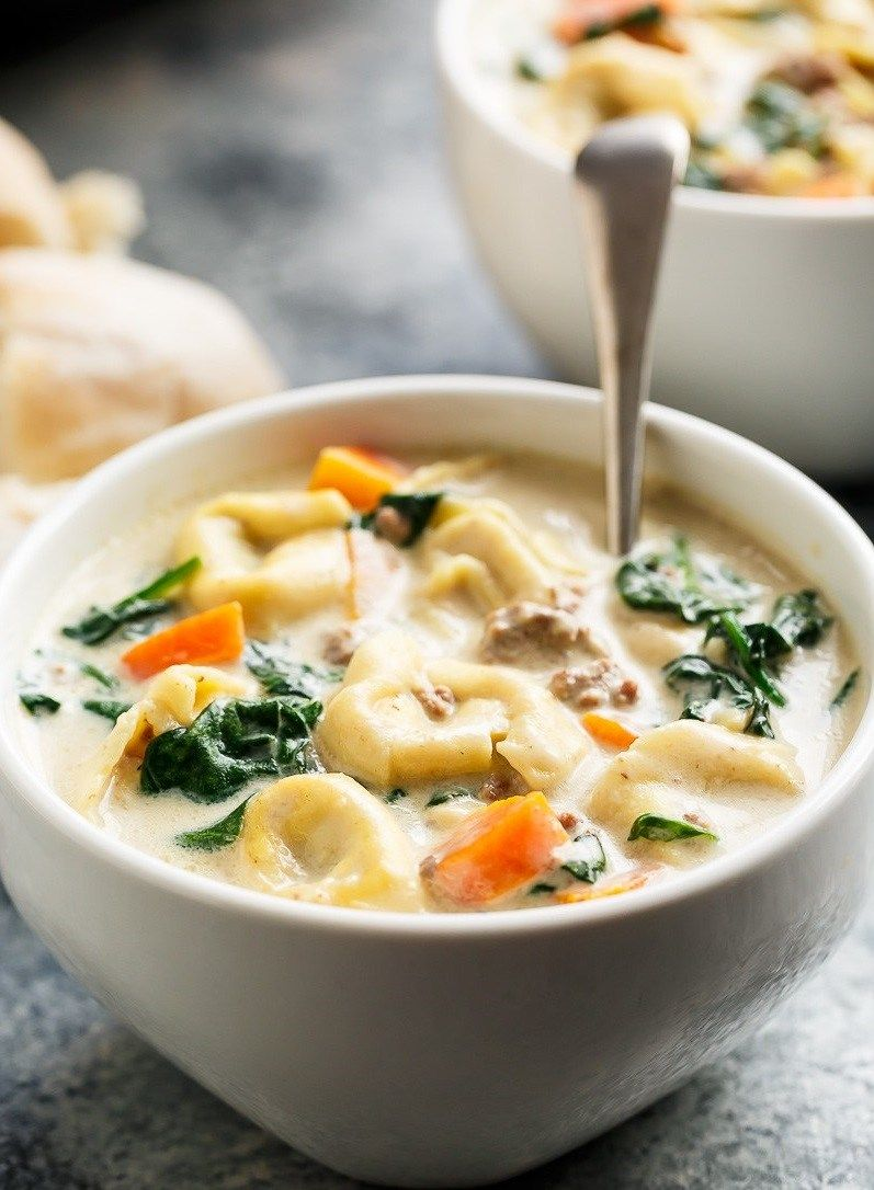 SLOW COOKER CREAMY TORTELLINI SOUP http://recipes-only.com/slow-cooker-creamy-tortellini-soup/