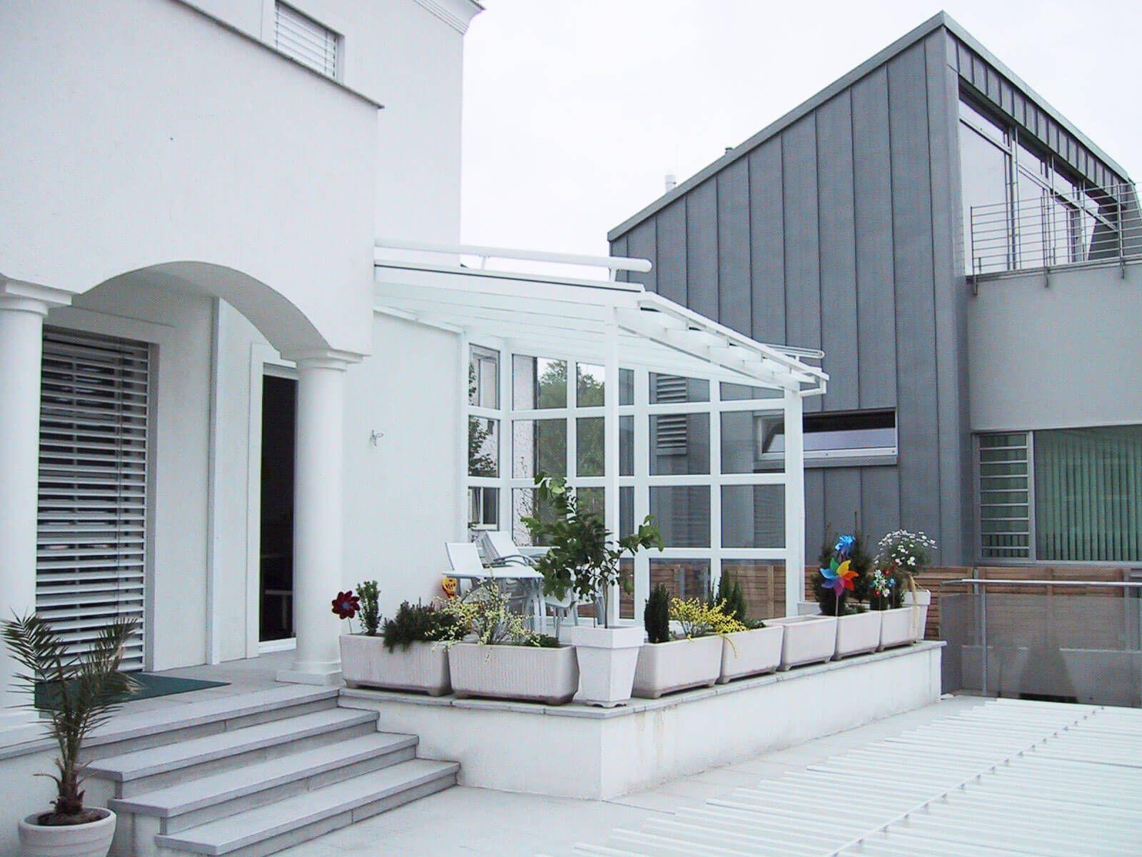 Terrassenuberdachung Alu Glas Fur Windgeschutzte Terrassen Balkone