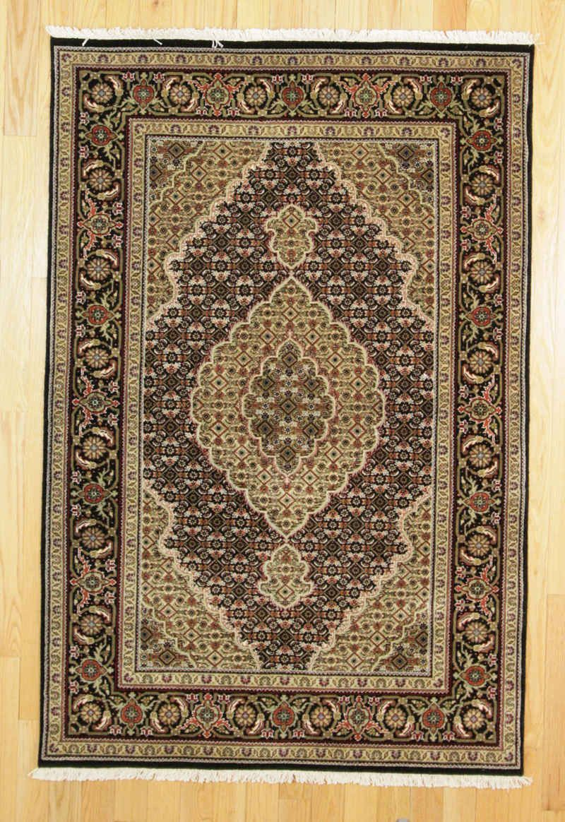 Rug From The Oriental Rugs Collection Hand Knotted In India Of Wool Size X Rectangle Sold By Luxury Style