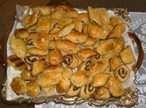 الكليجة مقادير الكليجه طريقة تحضير الكليجة العراقية صور الكليجه للعيد كليجه عيد Holiday Recipes Kurdish Food Food