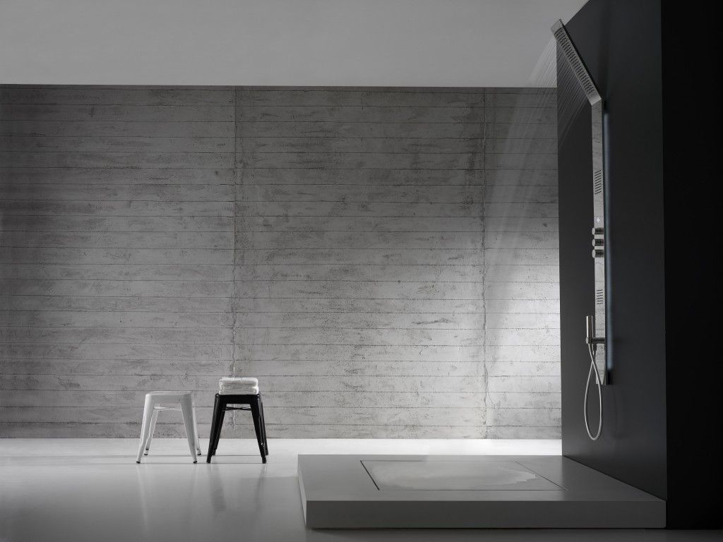 Colonna doccia Obliqua Zazzeri Design per bagno moderno