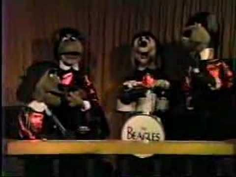 The Beagles Chuck E Cheese Chuck E Cheese Childhood Memories
