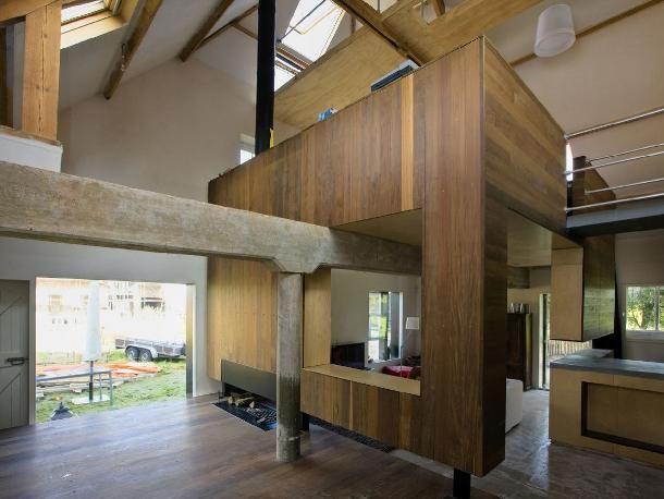 Strakke moderne vormgeving box compartiment boerderij for Boerderij interieur