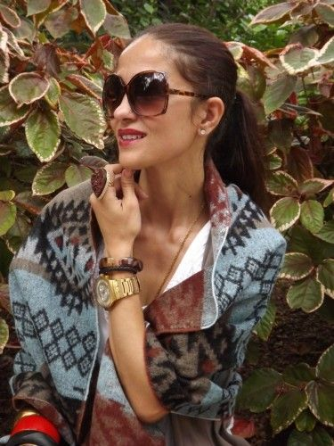 UN PONCHO COMO ABRIGO…BY MERY. | Mery of the style