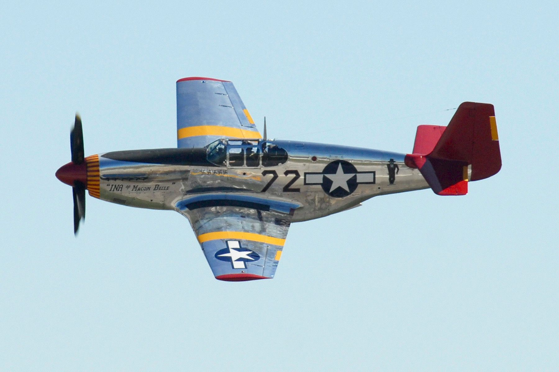 the role of p 51 mustang airplane in wwii Shortly after june 1 p-38 units were re-equipped with p-51 type aircraft so that experience with 150 grade fuel in p-38 aircraft is limited gradually, conversion of p-47 outfits to p-51's took place during the summer and fall of 1944, and as of approximately 1 november only one p-47 group remained in this air force.