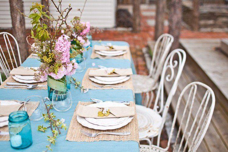 Deco De Table Vintage Nappe Bleu Ciel Chemins De Table Tresses Et