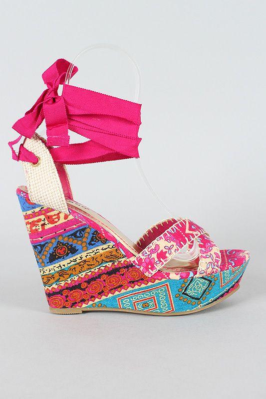 d7f69052c7a Need a pair   4 inches tall. So cute though  tallgirlproblems ...