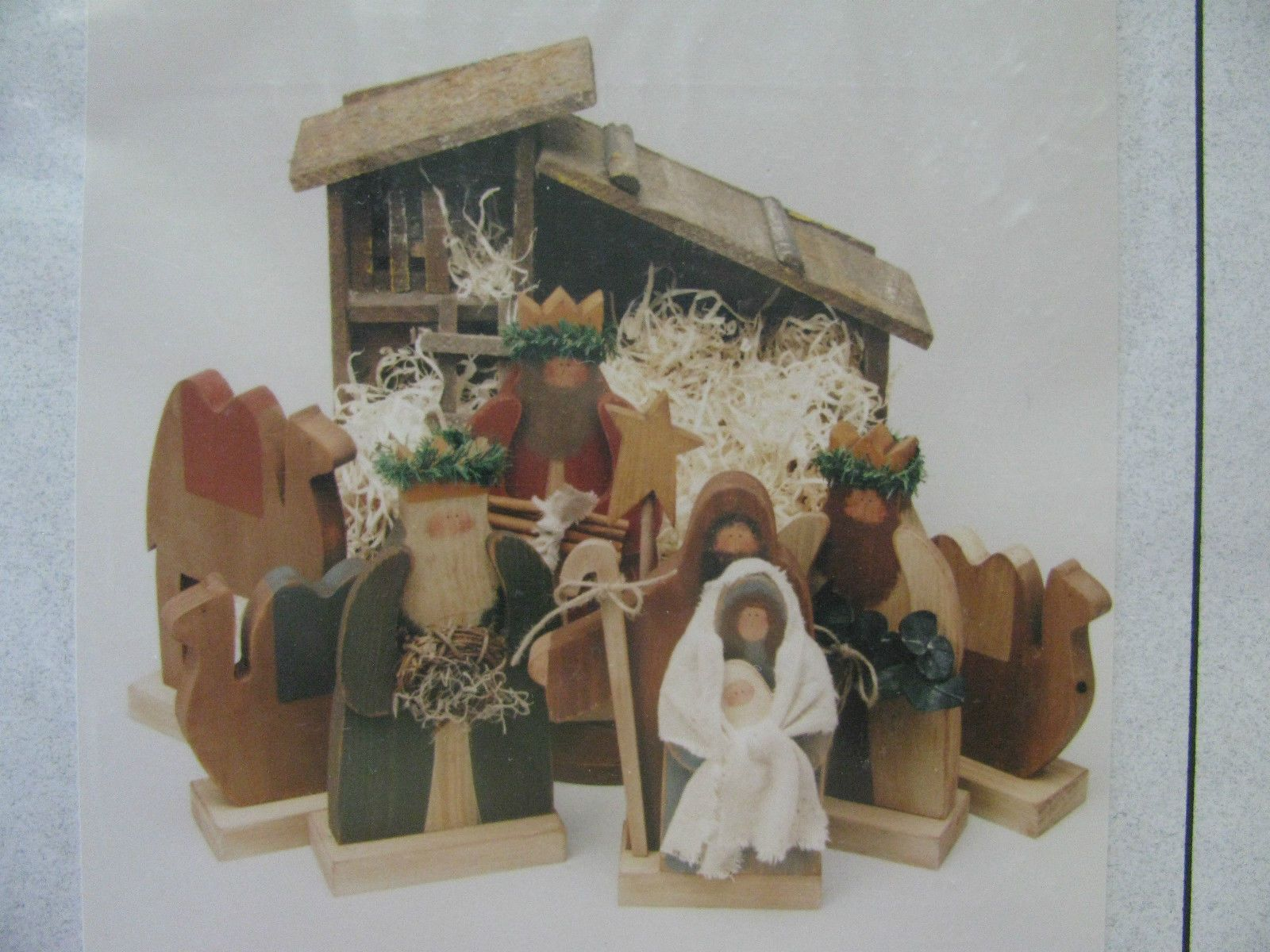 the stenciled duck nativity manger set wood tole painting craft