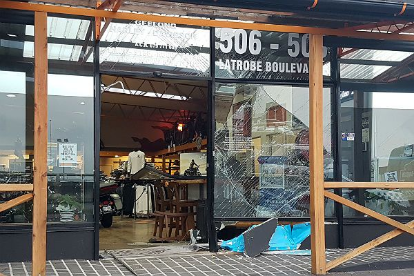 Rob McLennan / 24 April 2017Two expensive Harley Davidson motorcycles have been stolen in an early-morning ram-raid in Newtown. A utility was used to smash through the front windows of Geelong Harley Davidson in La Trobe Boulevard, just off La Trobe Terrace, just after 2.30am.   #Geelong #Gone #Harleys #ramraid #seconds #vanish