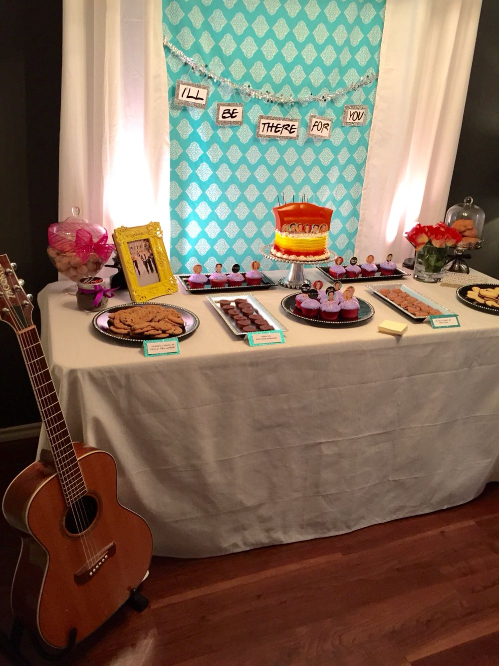 f r i e n d s theme birthday party dessert table with phoebe 39 s guitar cailin birthday. Black Bedroom Furniture Sets. Home Design Ideas
