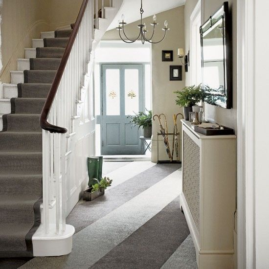 5 Traditional Hallways Design Ideas Hallway With Striped Carpet On Diagonal Interior