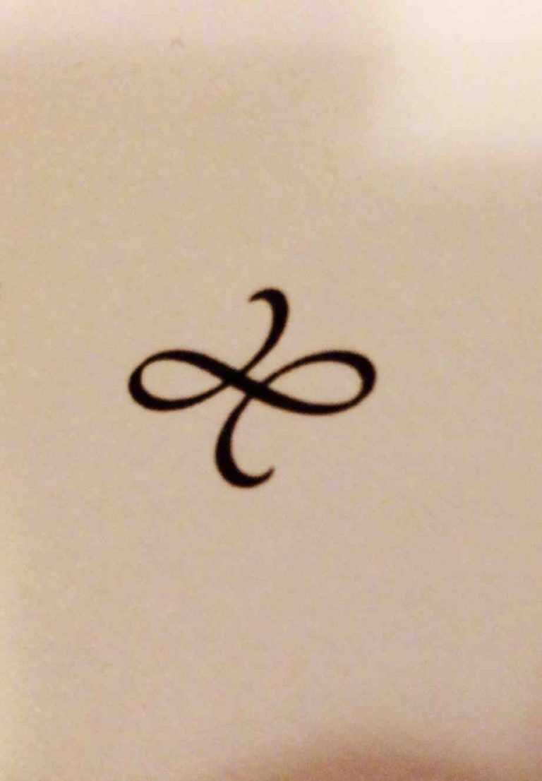 Meaningful Symbols For Family : meaningful, symbols, family, Symbol, Family, Ideas, Celtic, Symbols,, Tattoos,