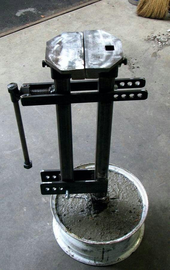 Tire Hammer Member Galleries I Forge Iron Salvabrani Herramientas Caseras Caja De Herramientas Proyectos De Metales