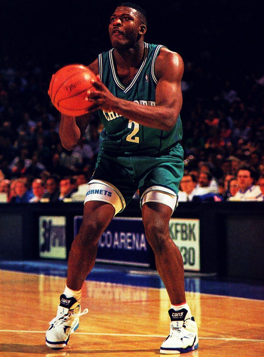Larry Johnson Tbt Nba Mvp Nba Legends Basketball Players