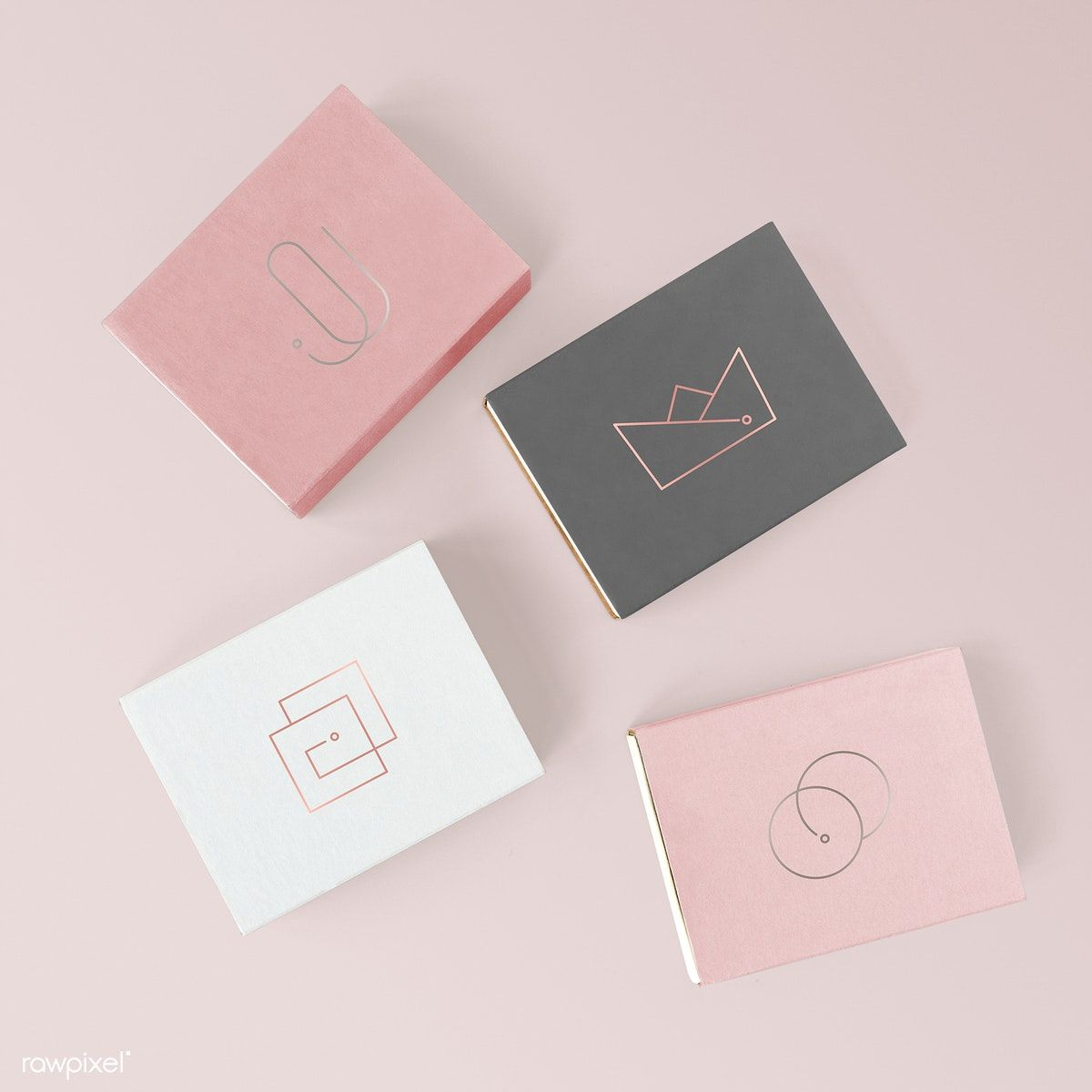 Download Download Premium Psd Of Feminine Cute Paper Box Mockup 1201989 Box Mockup Design Mockup Free Paper Box